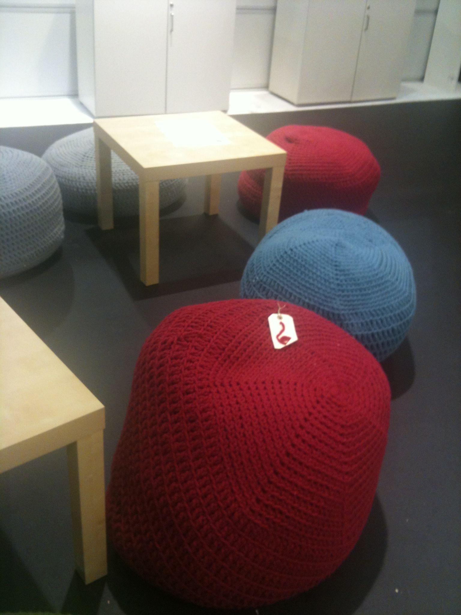 Pufs tejidos con lana