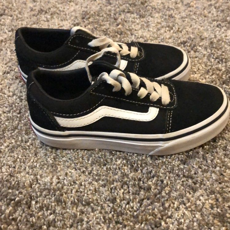 Kids Size 12 Black And White Vans Old School Laces Could Use A Wash But Otherwise Great Condition Black And White Vans Vans Vans Old Skool