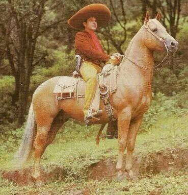 Antonio Aguilar- El Charro Zacatecano.  95823604fa9