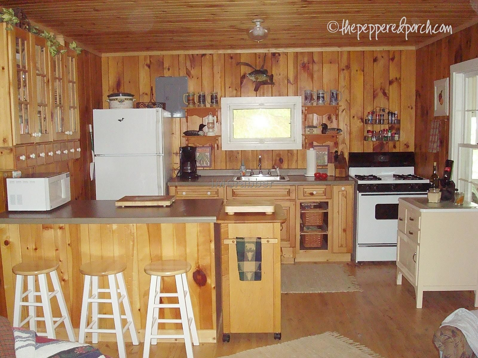 small cabin kitchen layouts Cheap prefab house