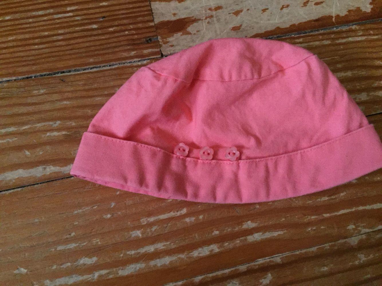 Coral button bucket hat