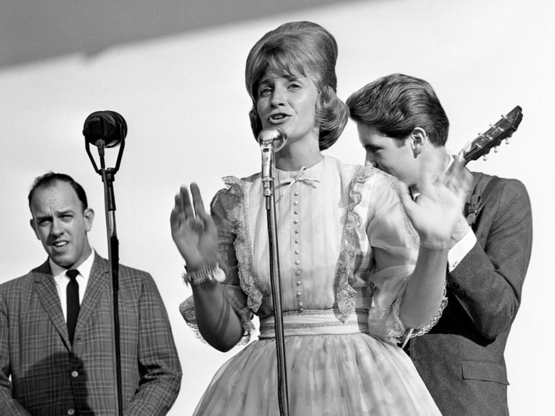 Skeeter Davis, who only been on the Grand Ole Opry since 1959, packed them in for her performance during The Nashville Tennessean Centennial...