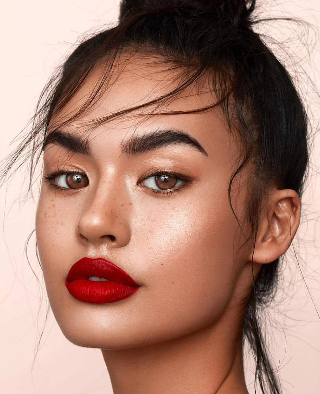 Red Lip Thick Brows Woman Of Colour Photoshoot Makeup Red Lip