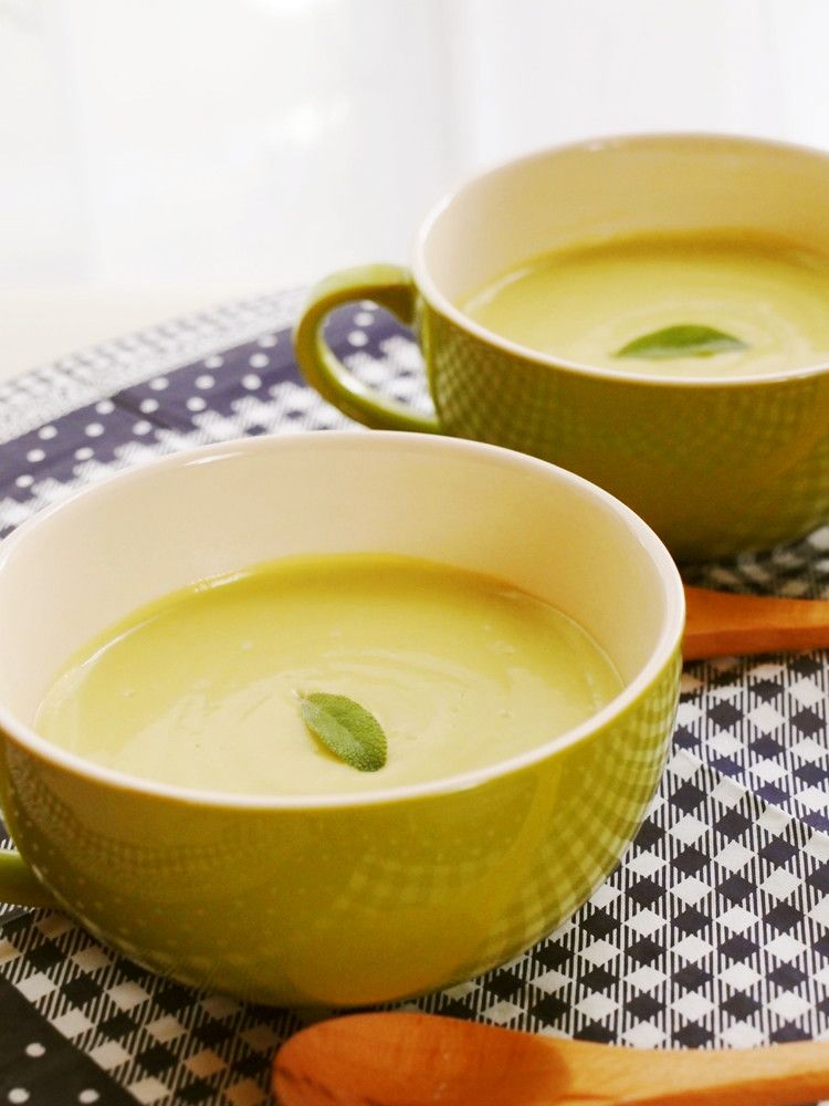 アボカド冷製スープ