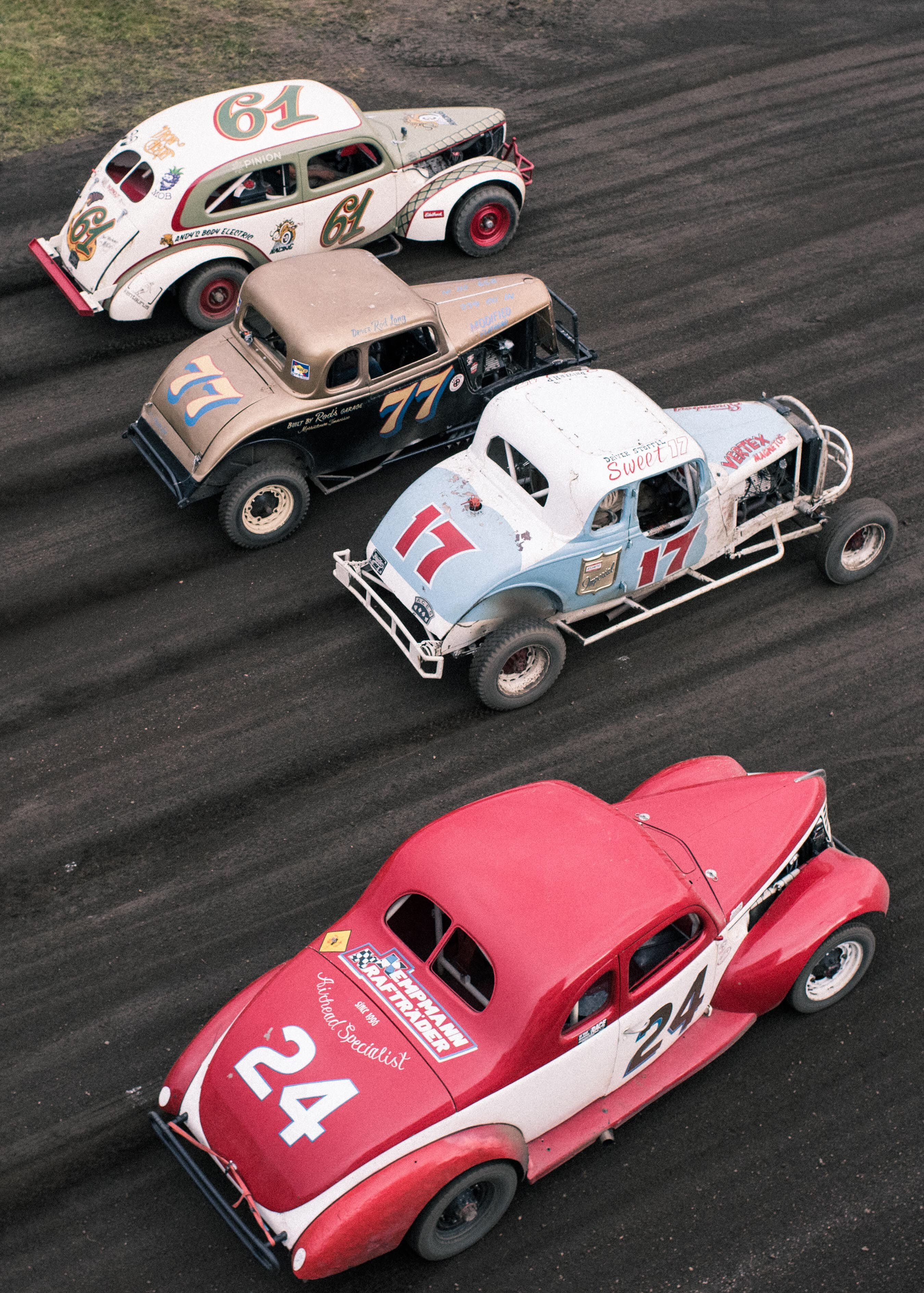 Old School Racing At The Hindenberg Speedway By Nicolas Prado Slot Cars Racing Old Race Cars