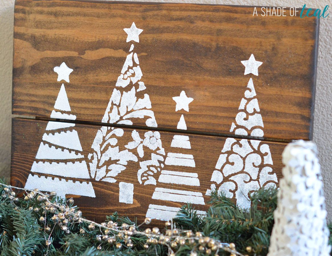 DIY- Christmas Tree Glitter Sign, With Cutting Edge