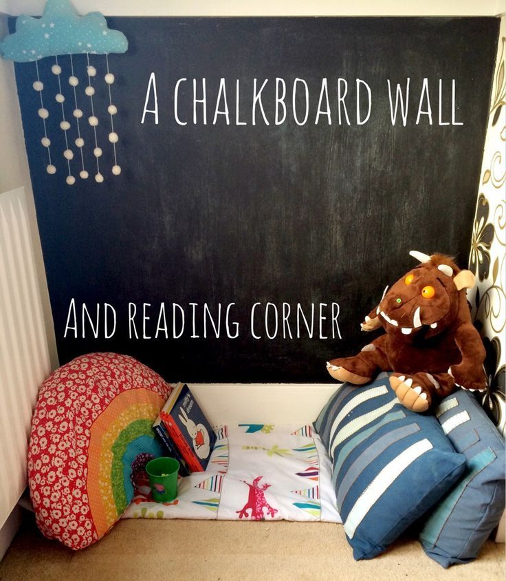 A toddler chalkboard wall and reading corner. Love|| Counseling Services @ ceciliacarroharvey.org