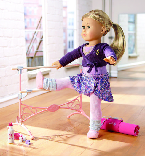 That Chic Mom-Meet Isabelle the 2014 American Girl Doll