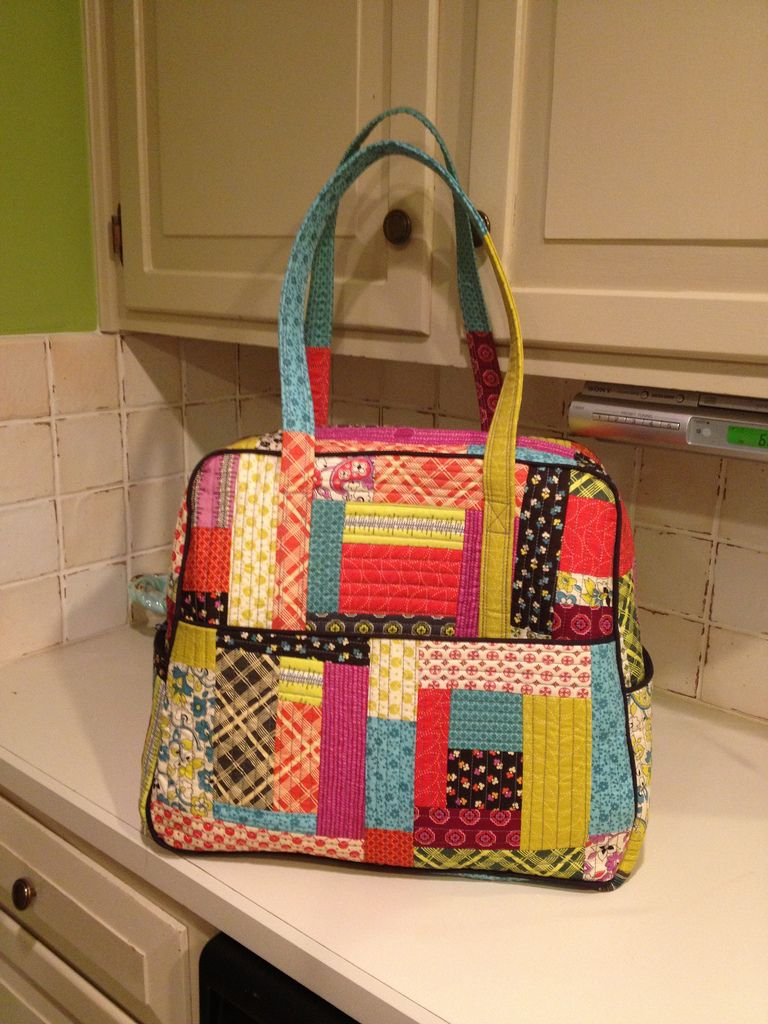 The Flicker Photos Show Several Of Sew As You Go Steps On Making This Bag Wish I Could Find Whole Pattern