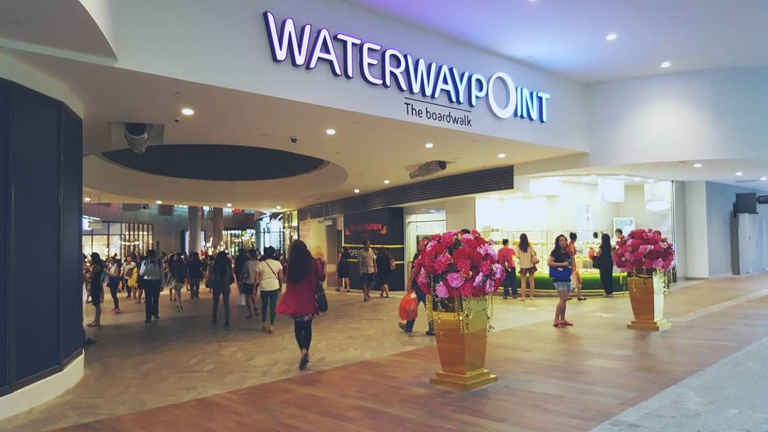 Kittyfie On Instagram 170216 Waterway Point Waterwaypoint Shoppingmall Shoppingcentre Punggol Singapore Waterway Instagram Shopping Center