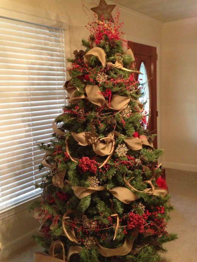 Burlap Themed Christmas Tree