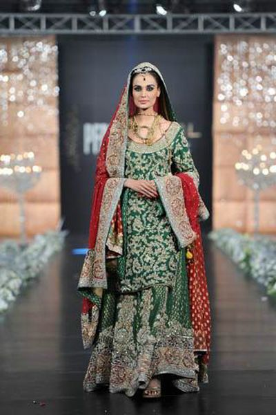 As you recognize the dress of bride is taken into account a enumerable issue in our country (Pakistan). 3 things helps to create a bride good on her day, terribly initial is wedding gown, second is Valima or baraat structure and third is bridal shoe, however the foremost necessary ar bridal structure and dress. So, let's quote the value of a bridal...