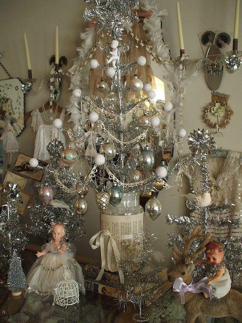 Silver Tinsel Tree Display Vintage Christmas Pinterest Vintage