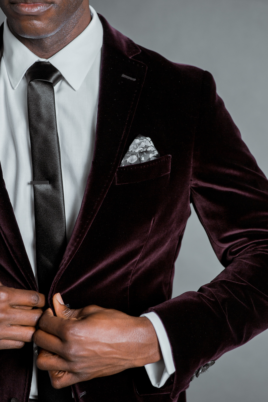 wedding blacktie weddingguest velvet burgundy