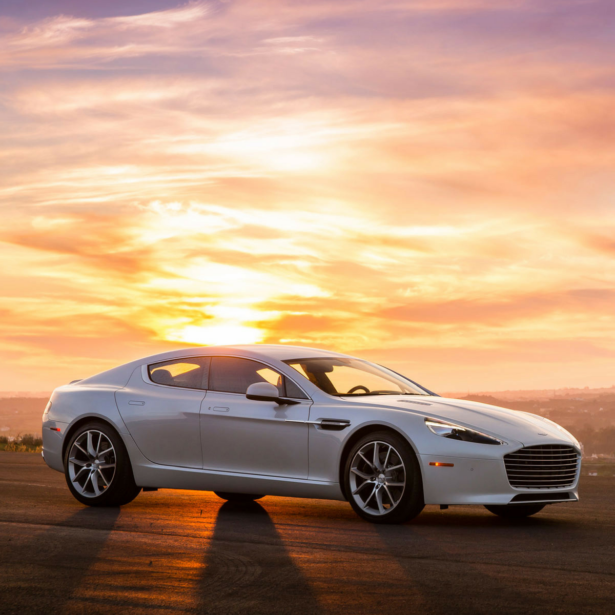 Rapide Model: Power, Mileage, Safety, Colors