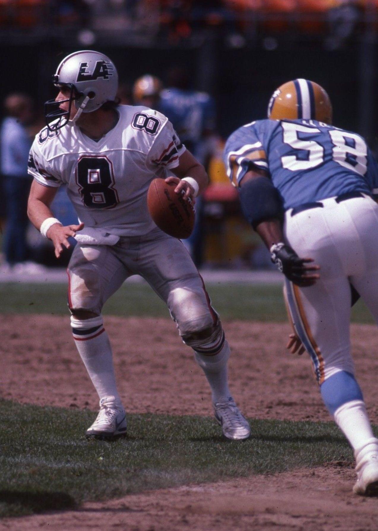 Steve Young LA Express American football, Football