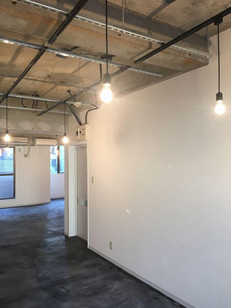 ちょっと変わった賃貸オフィス リノベーション 賃貸 天井