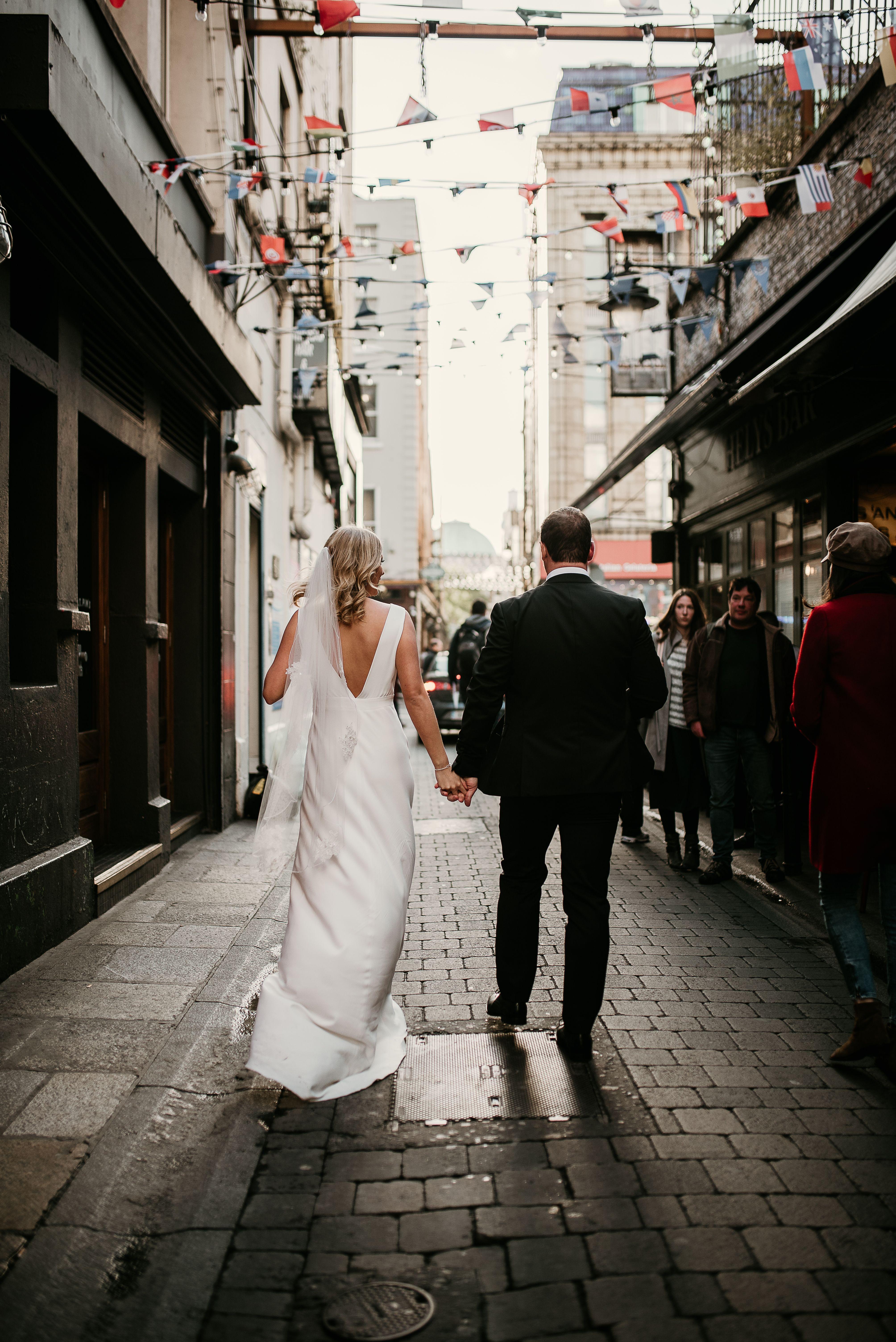 Dublin city centre elopement dublin wedding ireland