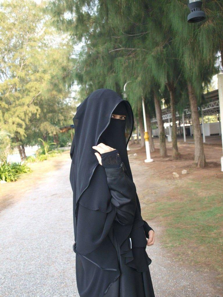Pin by وردة فيرساي on imagey   Niqab, Niqab fashion, Hijab ...