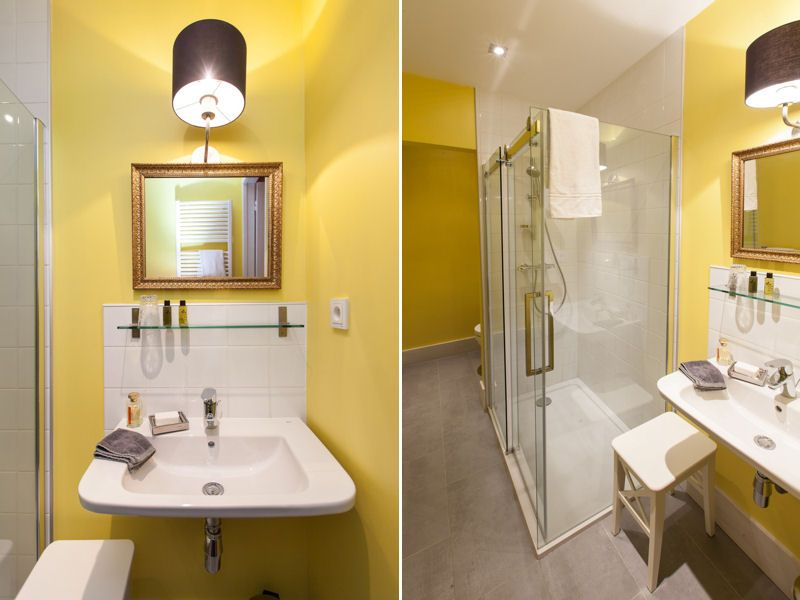 Salle de bains jaune d 39 or pause d co aristo chic en auvergne journal des femmes d coration - Decoration salle de bain jaune et bleu ...