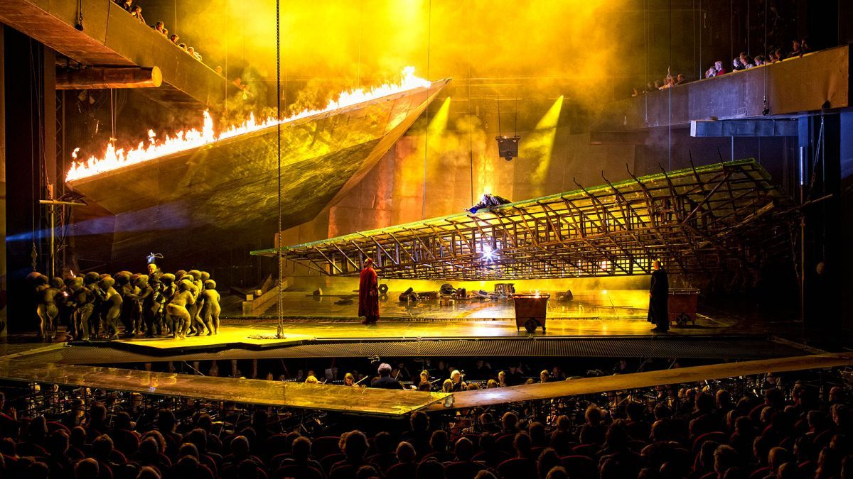 De Nederlandse Opera's Ring Cycle. Production by Pierre Audi. Sets by George Tsypin.