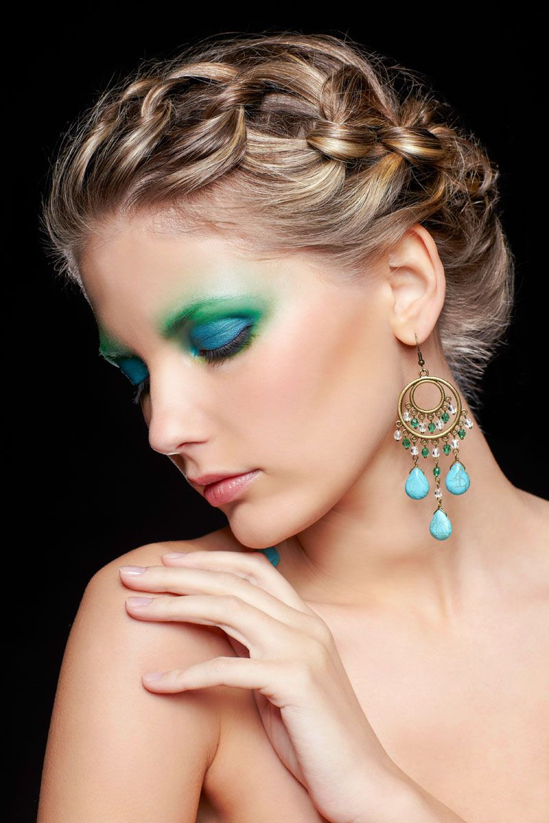 Elegante Flechtfrisur Für Dünne Haare Hochsteckfrisuren Mittellang