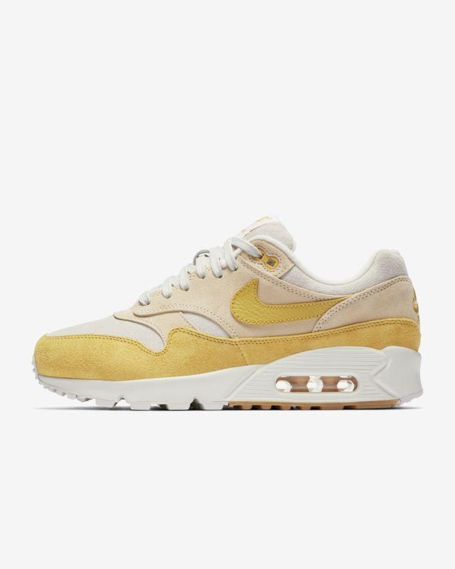 Nike Air Max 90/1 Women's Shoe | Nike air max 90, Nike air ...