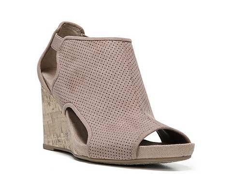 LifeStride Hinx Wedge Sandal