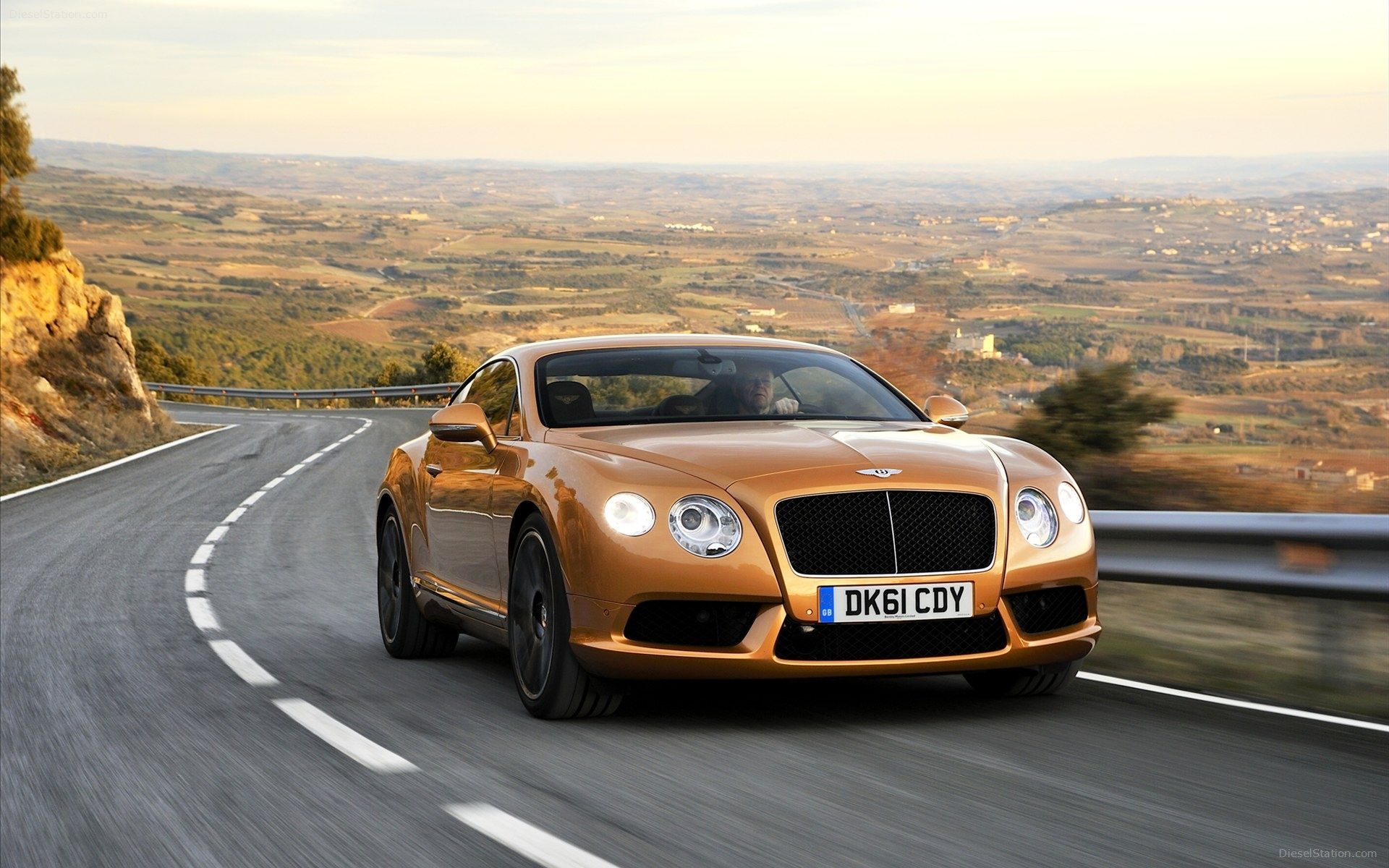 2012 bentley coninental gt3 wallpapers -   40 Bentley Continental Gt Modern Full Hd Wallpapers Hutui6 within 2012 Bentley Coninental Gt3 Wallpapers | 1920 X 1200  2012 bentley coninental gt3 wallpapers Wallpapers Download these awesome looking wallpapers to deck your desktops with fancy looking car picture. You can find several paint car designs. Impress your friends with these super cool concept cars. Download these amazing looking Car wallpapers and get ready to decorate your desktops…
