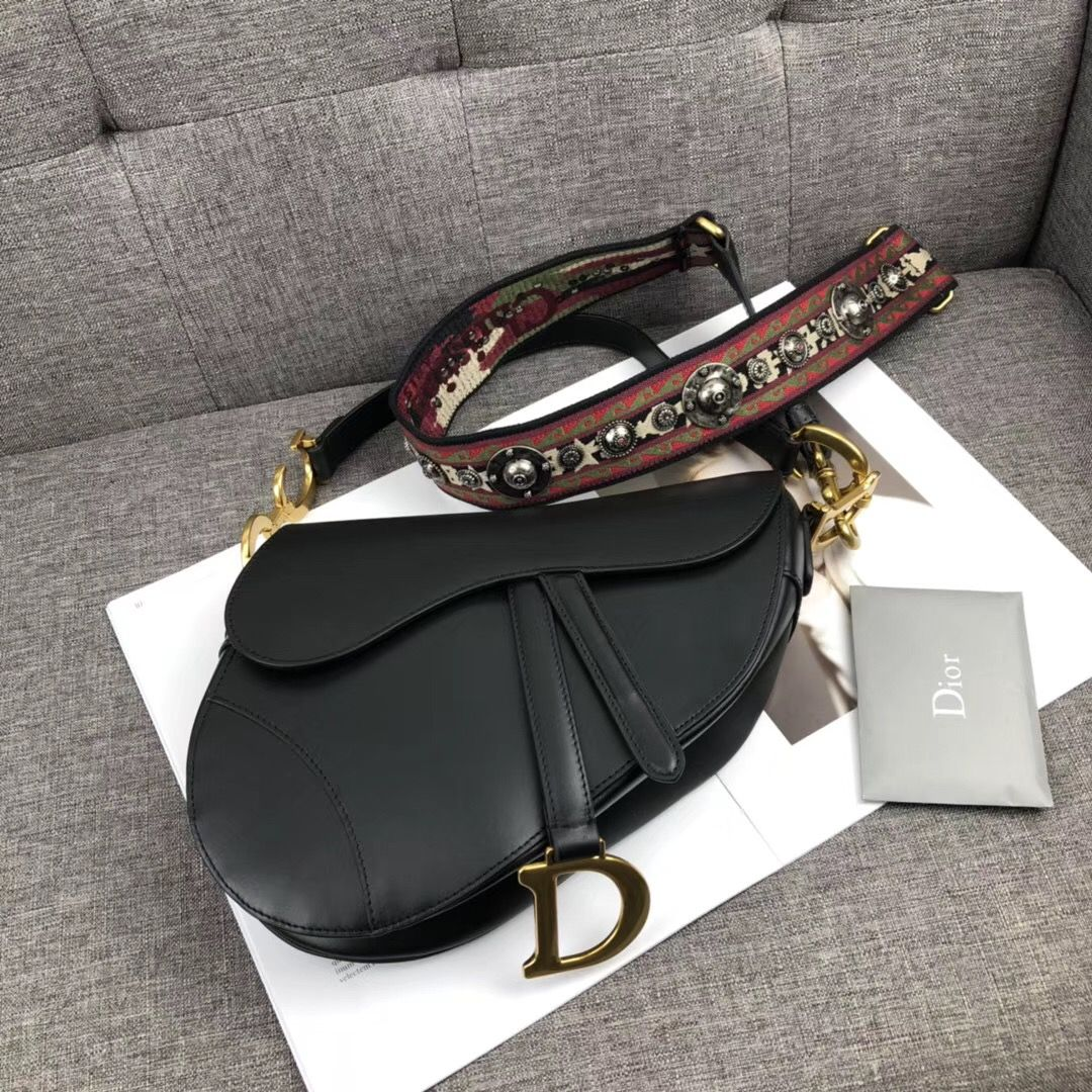 fab2eff4e7e4 Christian Dior CD woman saddle shoulder bag black | DIOR в 2019 г ...