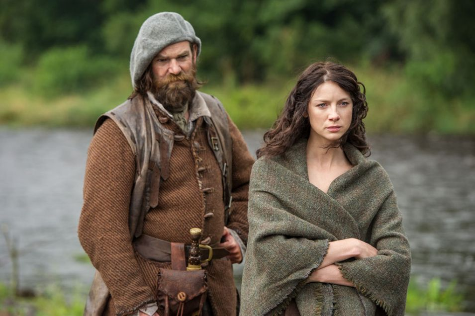 Claire Randall (Caitriona Balfe) and Murtagh Fitzgibbons (Duncan Lacroix)