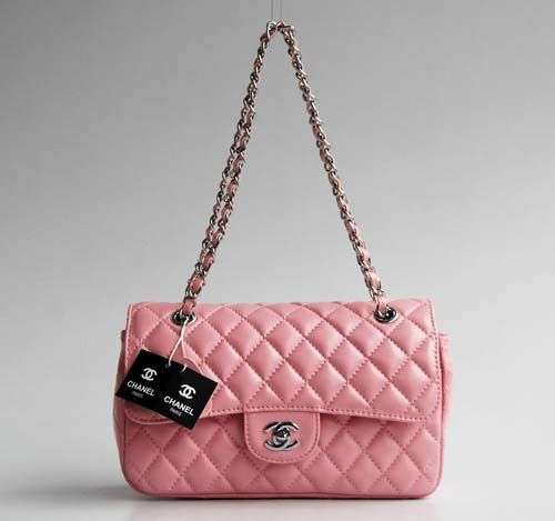 d86b3e8a1d The classic quilted in PINK! Siiigggh... | FIERCE. | Chanel handbags ...