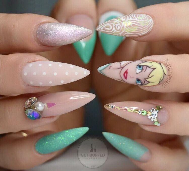 22+ Diseños de Uñas de Disney de Moda y súper Lindas