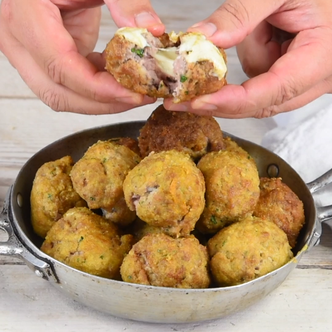 Photo of Meatballs in turmeric crust stuffed with cheese-Polpette in …