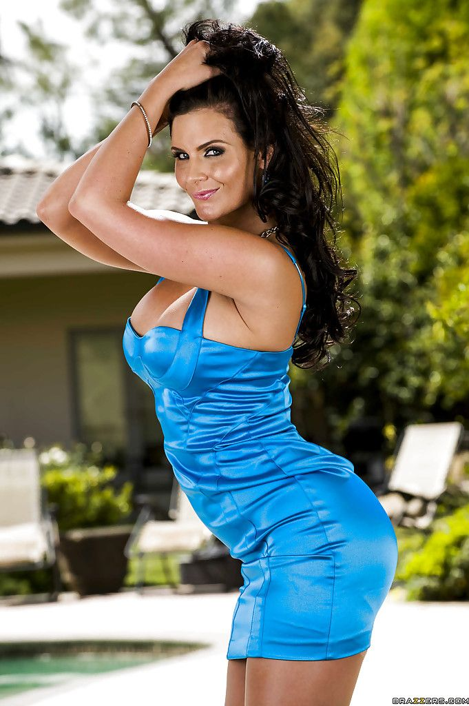Penix Marie in a blue dress | Actrices t | Pinterest | Penix ...
