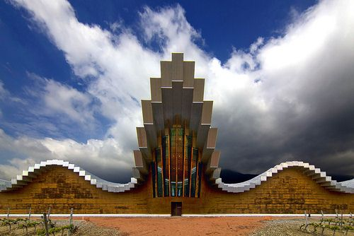 #Bodegas Ysios in Laguardia (#Rioja Alavesa) Spain by Santiago Calatrava, 2004 | Photograph by Wojtek Gurak