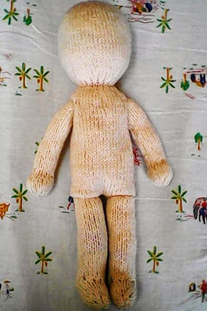 Free knitting pattern: Emiko doll | Holy's stuff #knittedtoys