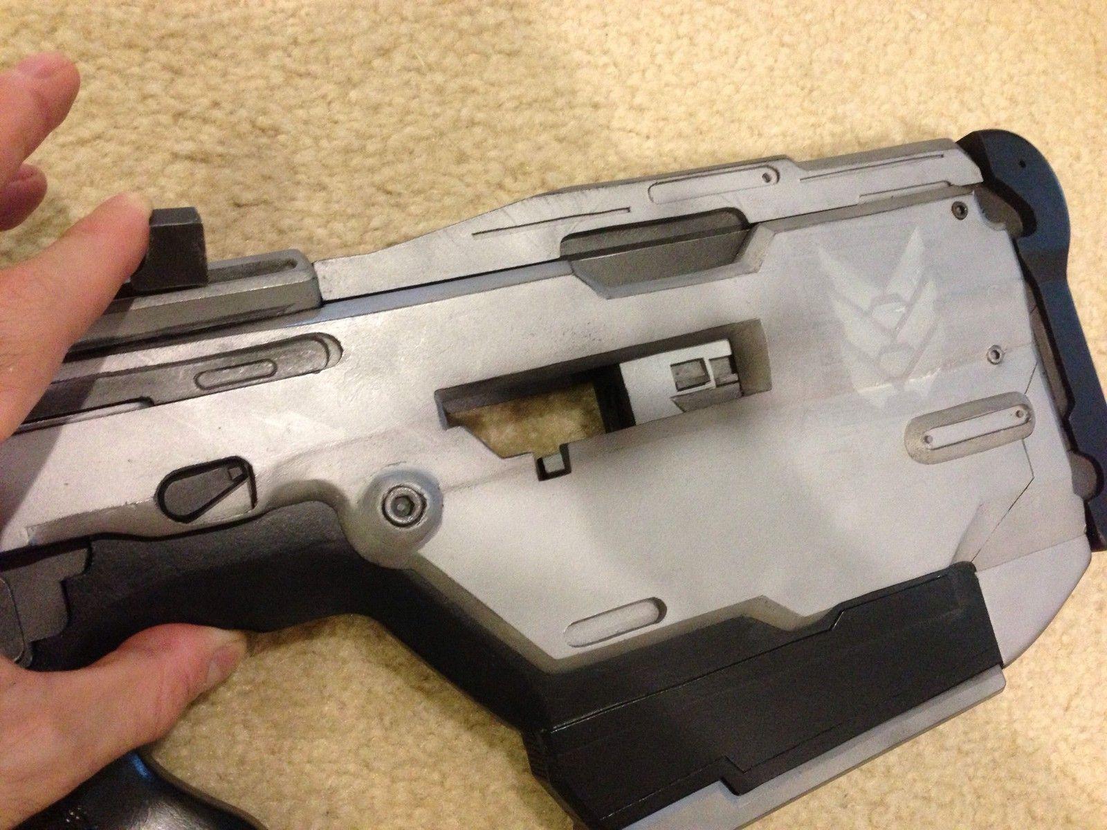 Halo 4 Full Size Replica BR85HB Battle Rifle Professionally