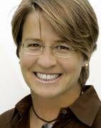Wirtschaftsweiber e.V.: Elke Amberg Lesung in der BEGiNE aus: Schön! Stark! Frei! Wie Lesben in der Presse (nicht) dargestellt werden. Helmer Verlag 2011 (Berlin, 13.9.2012) (Foto: M. Kremer)