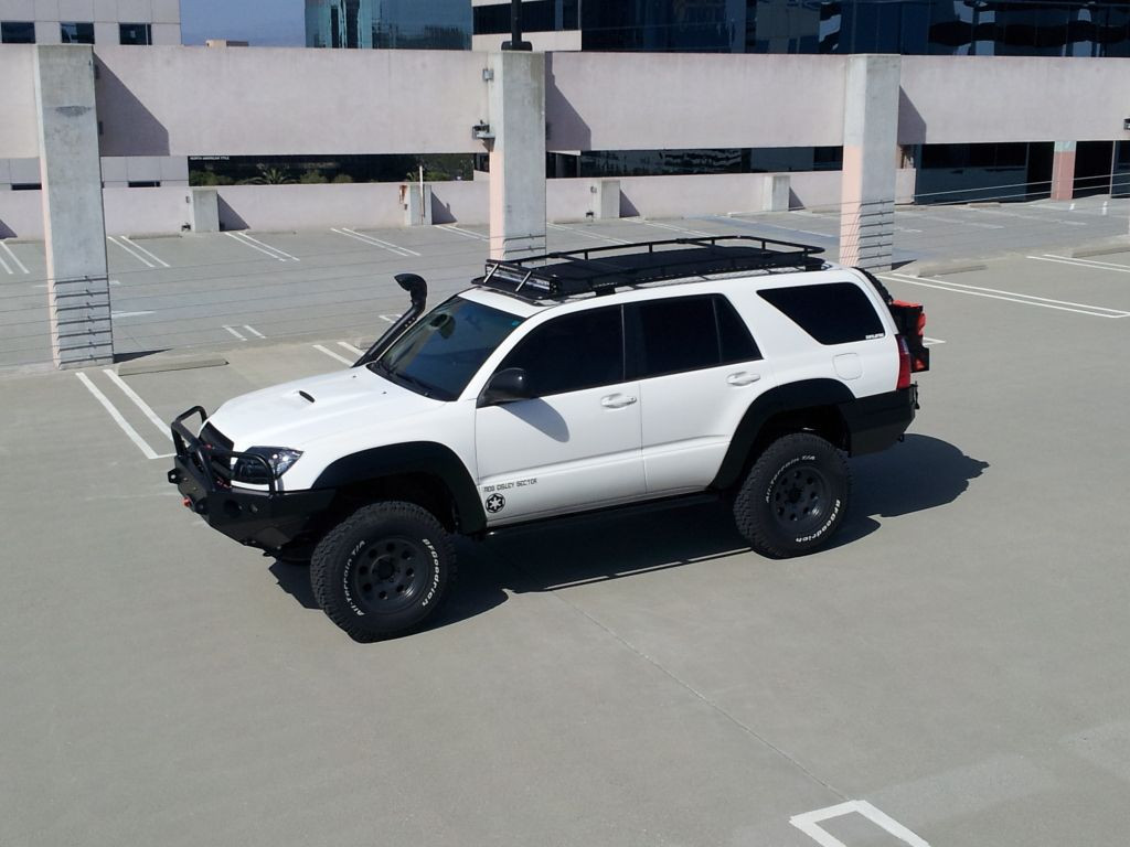 black on white motif Toyota suv, 2003 toyota 4runner