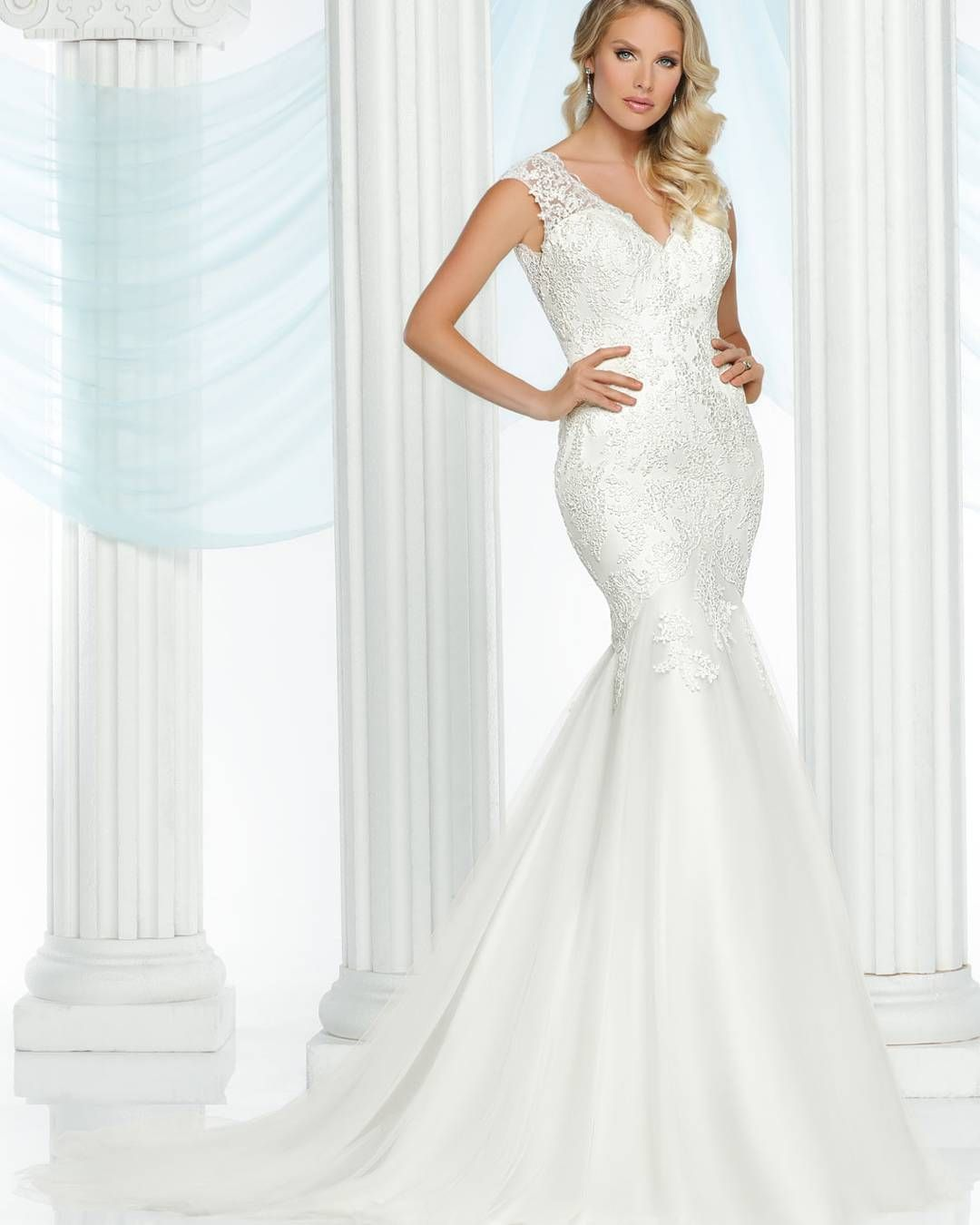 For all of you curvy brides out there this davincibridal gown will