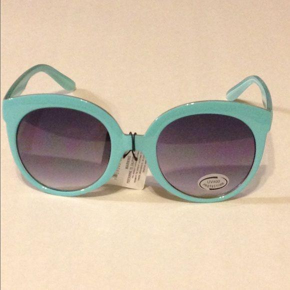 Retro Aqua Shades This listing is for a pair of retro Aqua shades NWT, Super Cute and Fun. Accessories Sunglasses