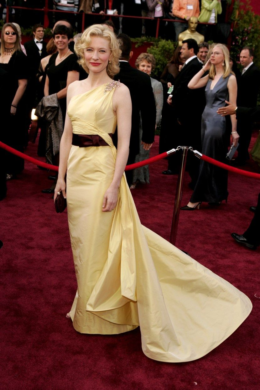 This Century's 30 Most Memorable Oscar Dresses | 30th