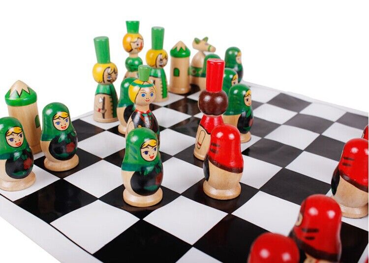 1 Sets Good Board Game For Kids Russia Nutcracker Style Chess Set