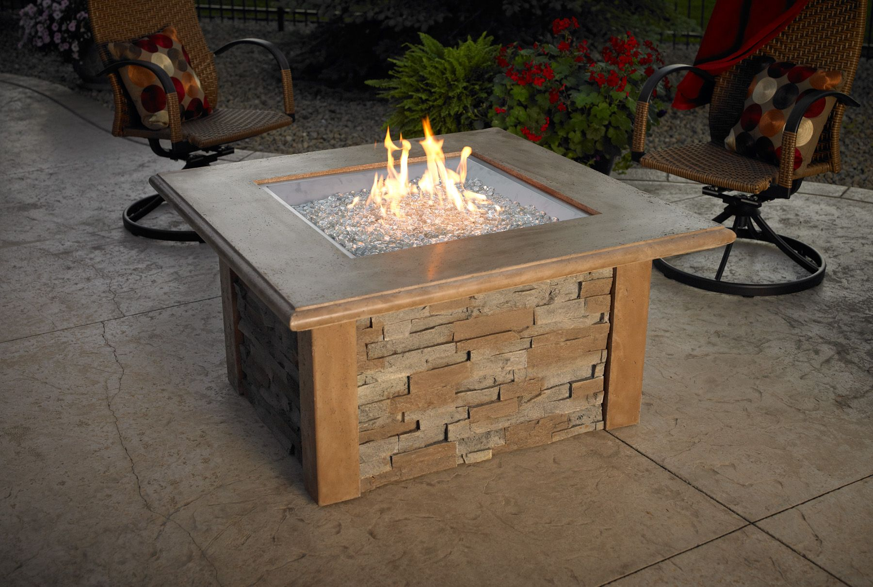 Table Top Fire Pit For The Home Pinterest Outdoor Spaces - Outdoor gas fire pit table top