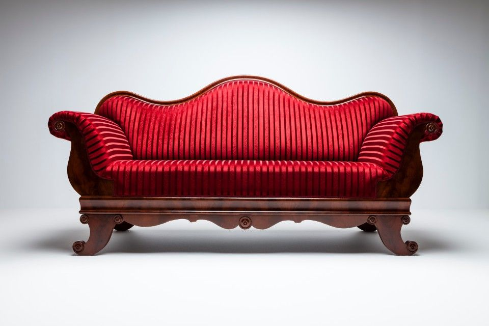 9 Modern Couch Styles To Decorate Your Home - Cabriole Sofa