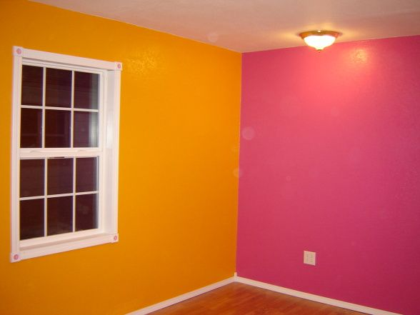 orange and pink rooms | Bright Pink and Orange Bedroom - Girls' Room  Designs -