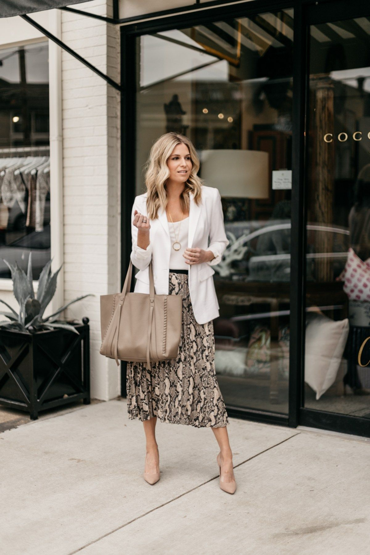 Sharing Ways To Wear Animal Print For Work On Onesmallblonde Com My Favorite Way Is To Pair It Wi Printed Skirt Outfit Work Outfits Women White Blazer Outfits