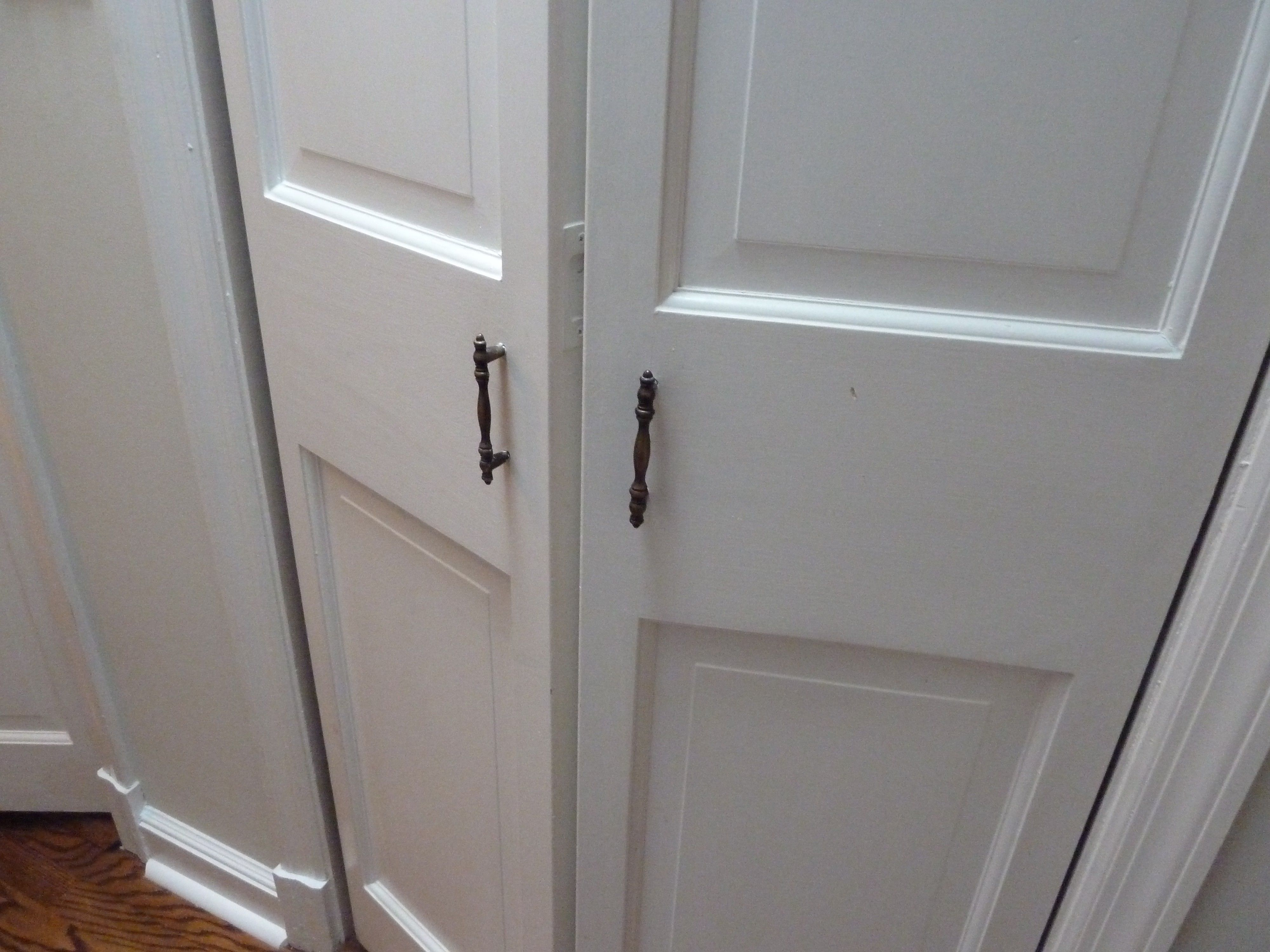 Pin On Door Handles And Locks