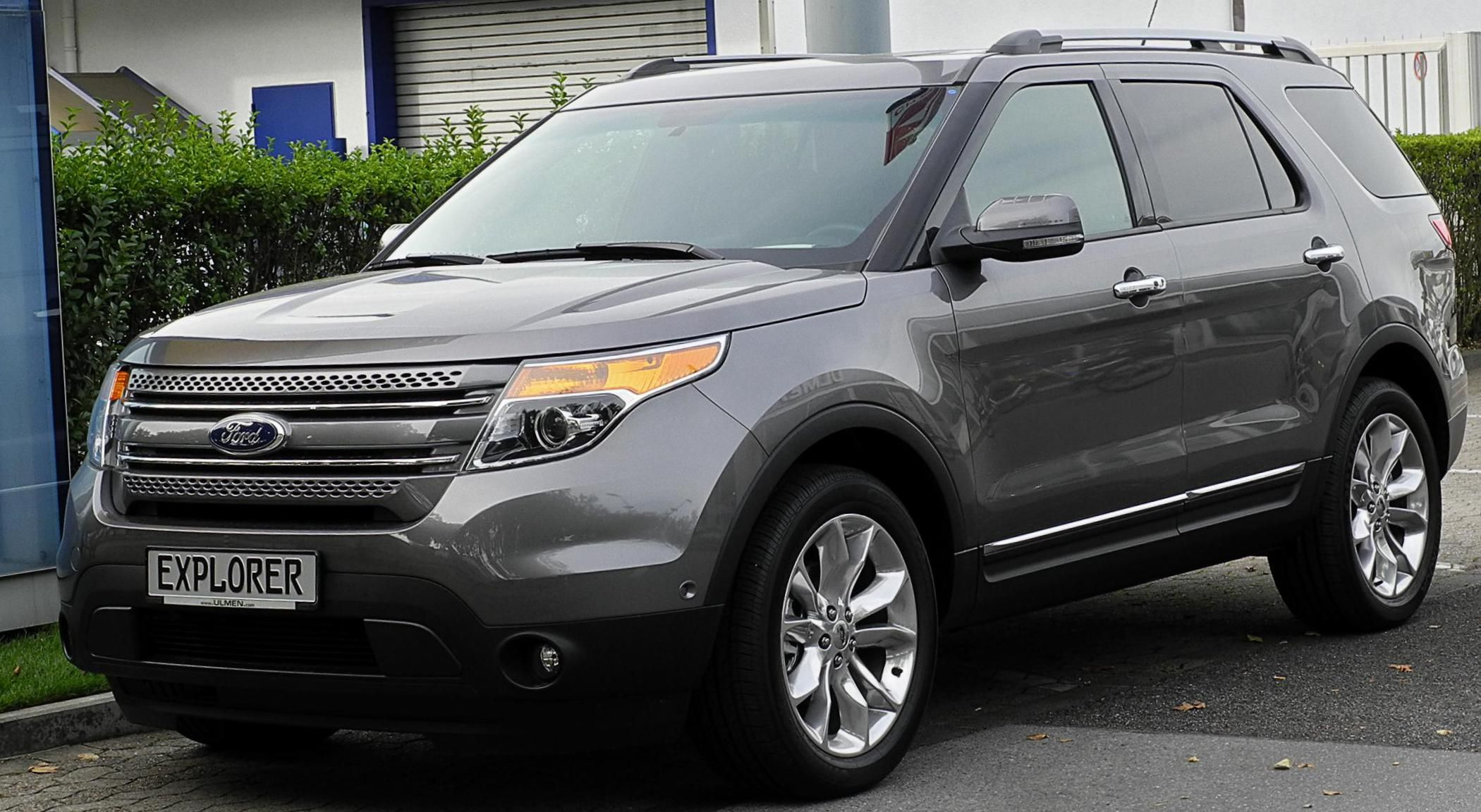 Ford Explorer Photos And Specs Photo Explorer Ford Usa And 24 Perfect Photos Of Ford Explorer Ford Explorer Ford Explorer Accessories Ford Explorer Limited